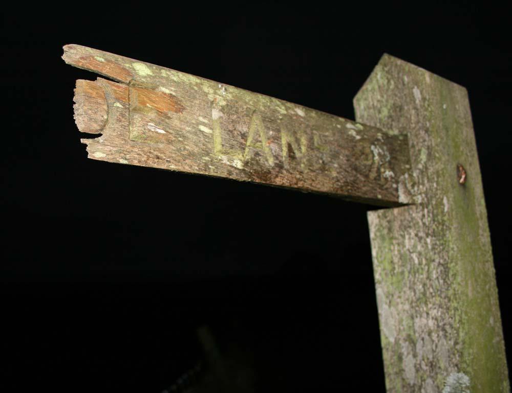 fingerpost